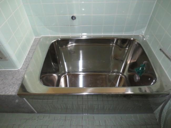 お風呂を広くしようと思い、ホームプロからサンエキさんにお願いしました。
